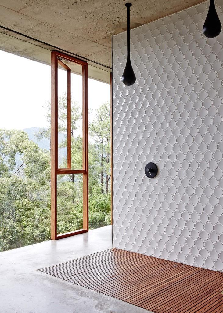 2020 bathroom trends, textured flooring