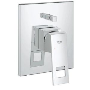 GROHE EUROCUBE SINGLE-LEVER BATH MIXER, CHROME